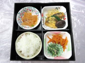 一般食 夕食のお弁当例