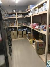広々とした食品庫となりました。